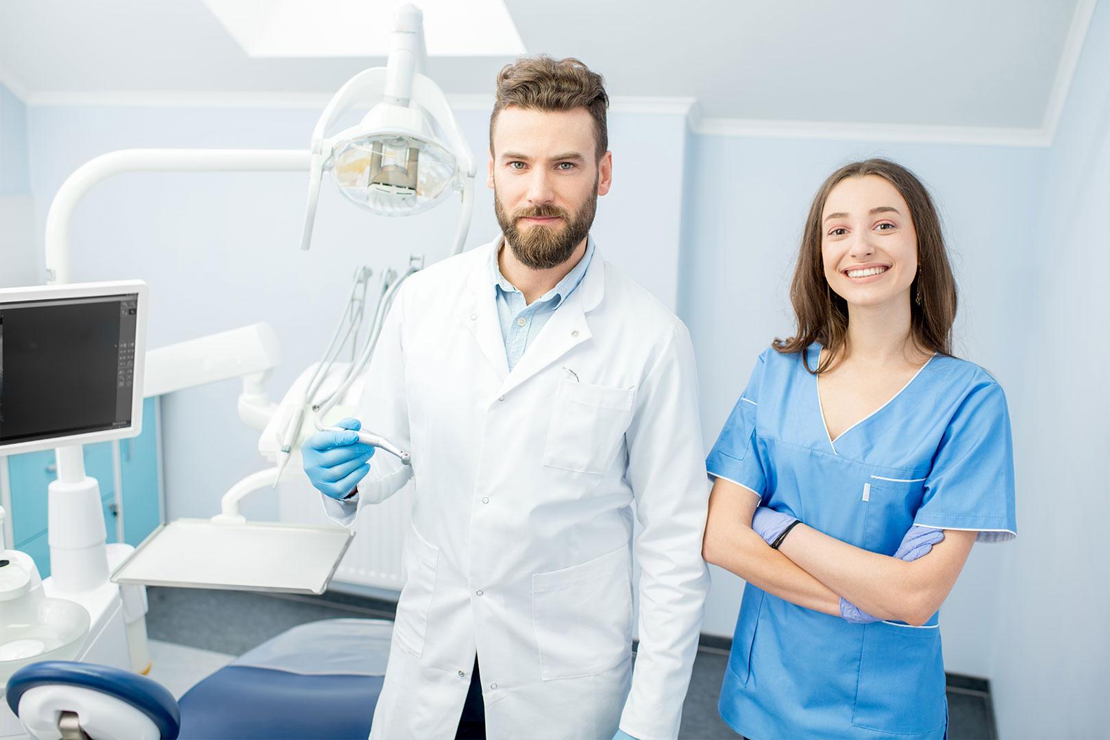 Zahnmedizinischer Assistent mit Berufserfahrung